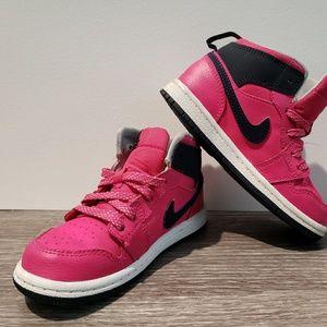 Air Jordan 1 Retro High GG in 'Vivid Pink'